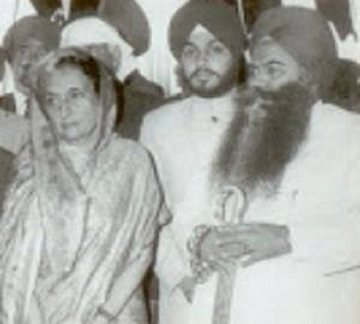 Manjit GK's father Santokh Singh with Indira Gandhi